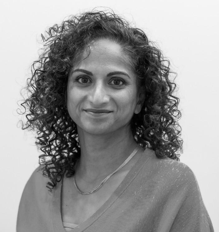 Dr Lia Ali